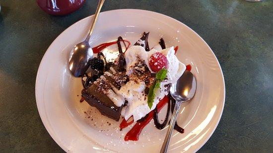 Chena's Alaskan Grill: Chocolate torte DIVINE!!!!!!