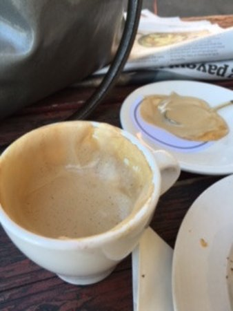 Kyneton, Australia: half a cup of coffee