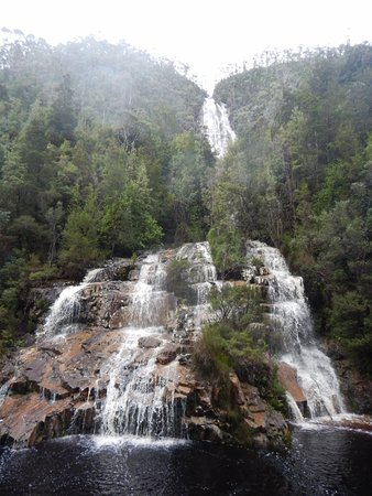 Queenstown, Australien: Waterfall on the King River Gorge Explorer Tour