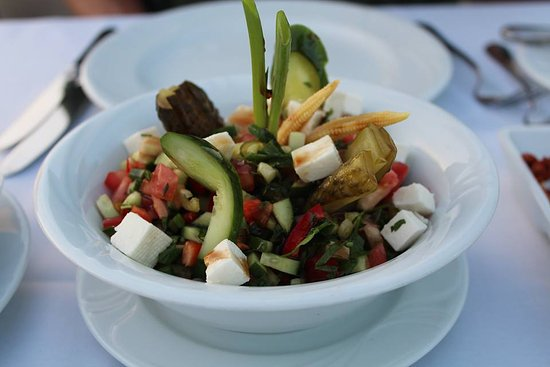 Neyzade Restaurant: Delicious salad!