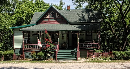 Photo of Hidden Springs Bed and Breakfast Eureka Springs