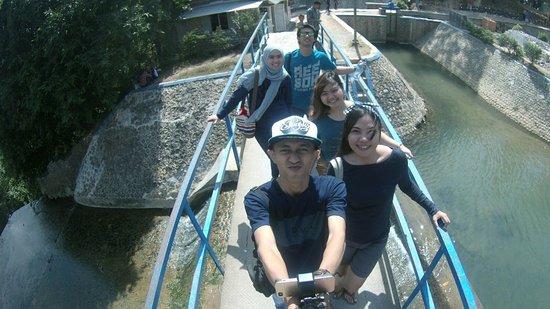 East Java, Indonésia: Di atasny air terjun nih .. :D