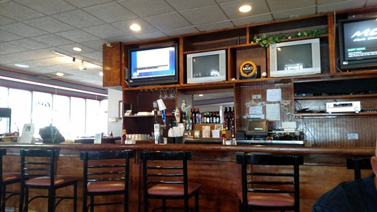 North Ridgeville, OH: Bar area
