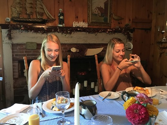 Sodus, Nova York: Instagraming Breakfast!