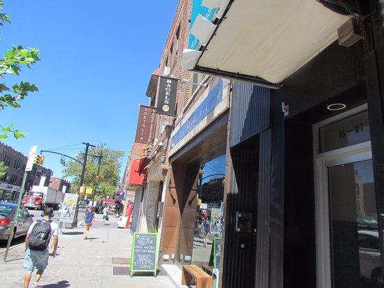 Astoria, NY: Brooklymn Bagel on Broadway