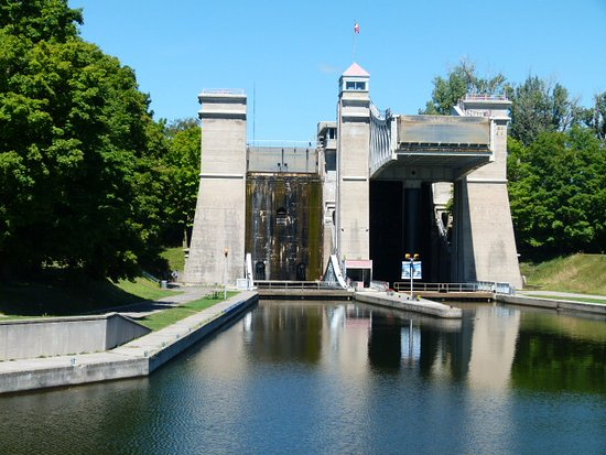 ‪Peterborough Lift Lock‬