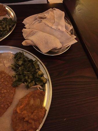 Queen of Sheba: Delicious vegetarian platter
