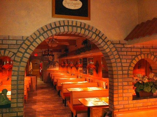 Cedar Knolls, نيو جيرسي: Rear dining room