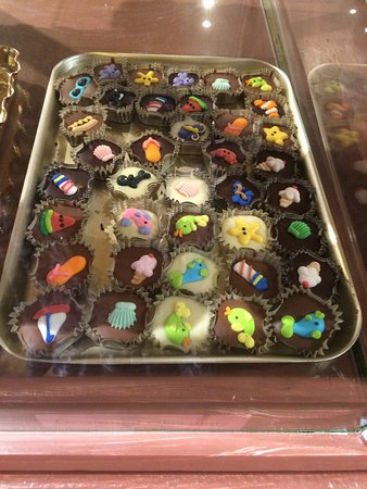 Harbor Candy Shop Ogunquit Me Top Tips Before You Go
