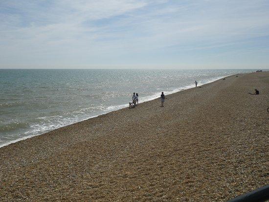 ディール, イギリス, いわゆるpebble stone beachです。