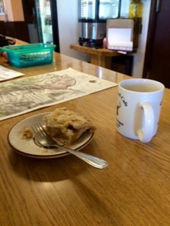 Paisley, OR: apple pie today
