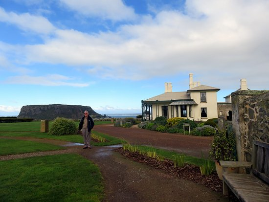 Highfield, Stanley Tasmania. Picturesque view of the ismuth named The Nut
