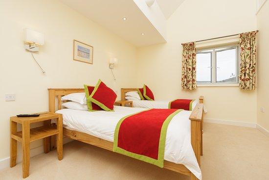 Kingsbridge, UK: Room 2