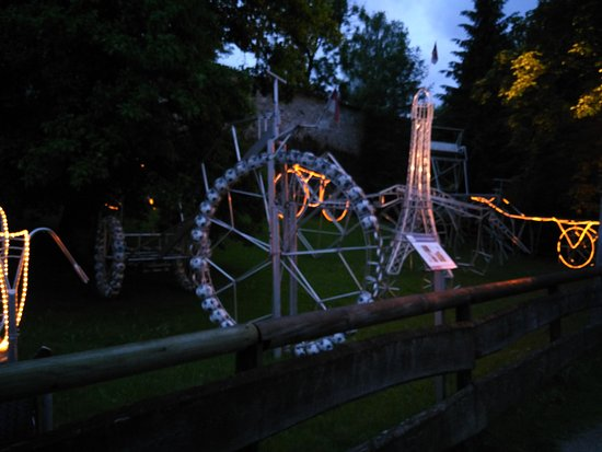 Radstadt, Austria: Radgarten at night