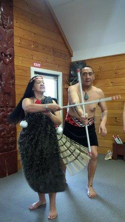 Whakarewarewa: The Living Maori Village : Stick dance