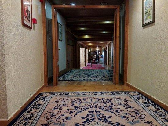 Hotel Rutllan: IMG_20160824_094421_large.jpg