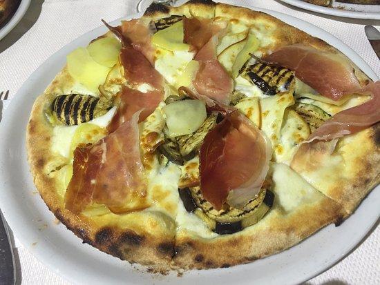Canicatti, Italia: pizza patatosa