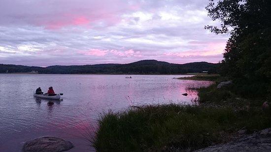 Arvika, Suécia: Lumière extraordinaire après le couché du soleil