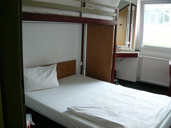 Bon Marche Hotel Bochum: Pokój.