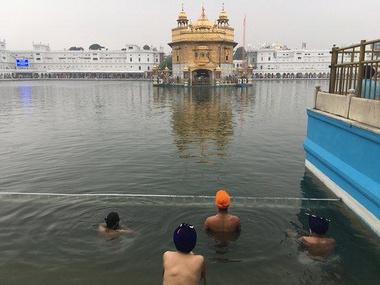 Det gyldne tempelet - Hari Mandir: Vista diurna