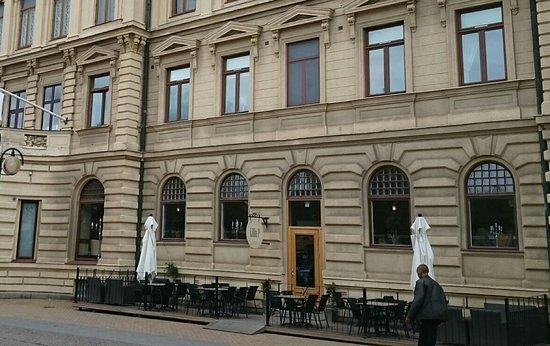 Kristianstad, Sverige: Fasad mot Nya Boulevarden. Obs! ingång från hotellet