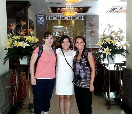 VietnamStay: Encuentro con Camila en nuestro hotel de Hanoi.