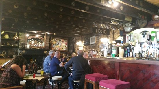 Haltwhistle, UK: Main bar