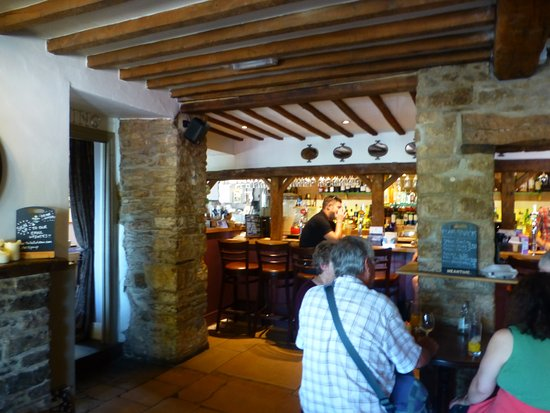 Stow-on-the-Wold, UK: inside 2