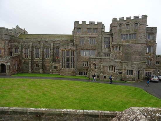 Bamburgh Castle: State rooms from outside