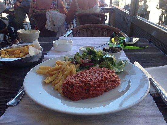 Eetcafe de Spieghel: Steak Tartare met slaatje en verse mayo 👍🏼