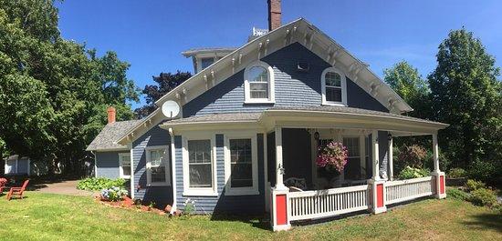 The Dawson House: photo0.jpg