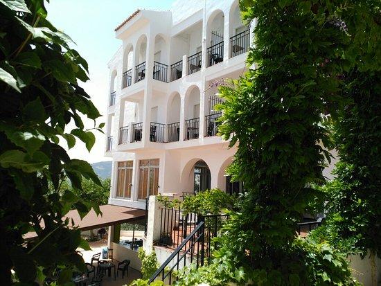 Andalucia Hotel: IMG_20160625_142838_large.jpg