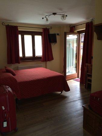 Hotel Le Petit Abri : photo1.jpg