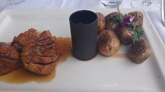 Brunet, Γαλλία: eend met lavendelhoning en agrumsaus