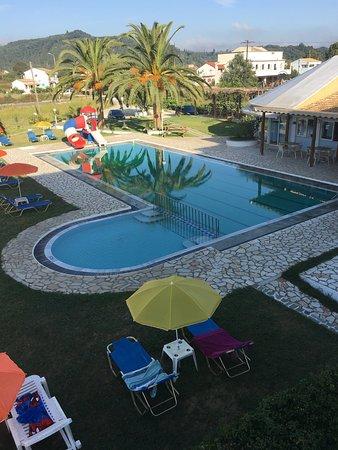 Alexia Palm Grove: photo1.jpg