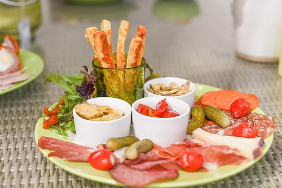 The Glasshouse Cafe: Campania Platter - a taste of Italy