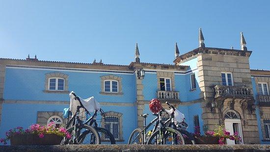 Vilanova de Arousa, สเปน: Perfect place to ride a bike along albariño vineyards