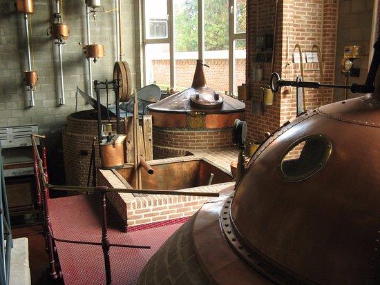 Bocholter Brouwerijmuseum : diverse etiketten en apparaten