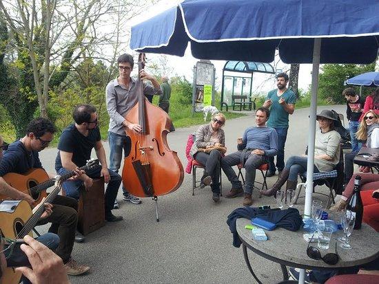 Murci, Italien: musica all'asino vola