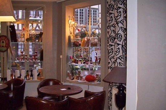 Les Lions de Beauclerc: Restaurant
