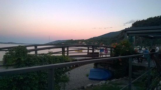 Feriolo, Италия: Vista dal ristorante, lato lago.