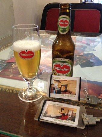 Spittal an der Drau, Österreich: Complementary check-in-beer!