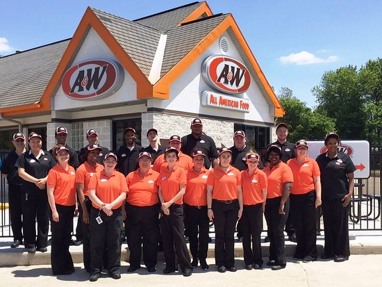 Jacksonville, IL: A&W Team
