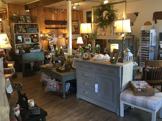 Castle Rock, CO: Bees Knees Antiques