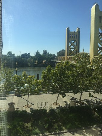 Embassy Suites by Hilton Sacramento - Riverfront Promenade: photo3.jpg