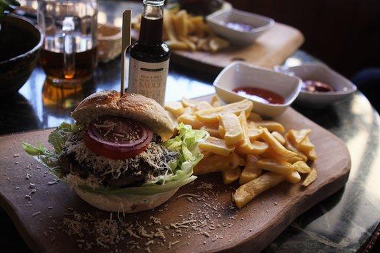 Swieradow Zdroj, Polonia: burger z jagnieciny