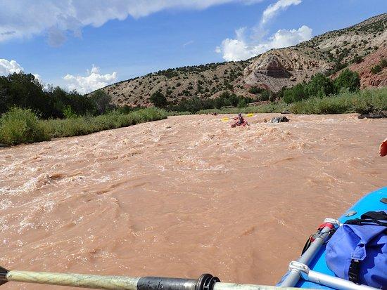 Los Rios River Runners: Funyaking the rapids