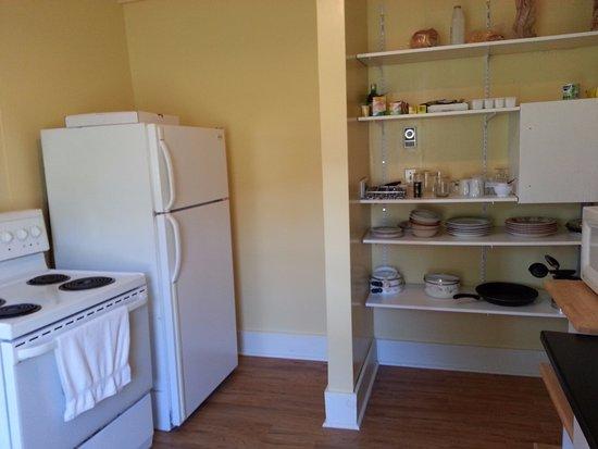 Marathon Inn: Kitchen in the Annex