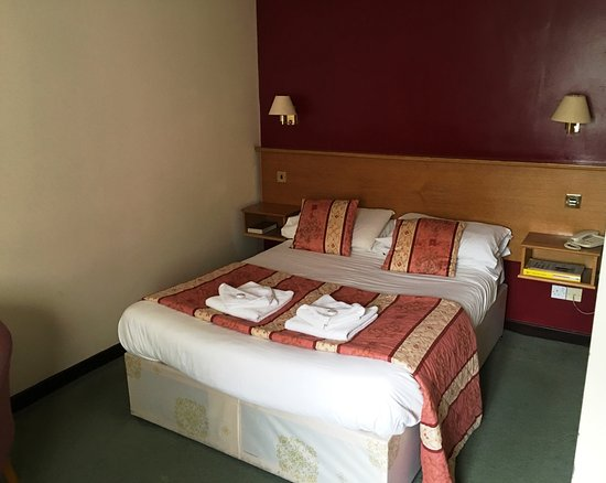 Carnforth, UK: Bed