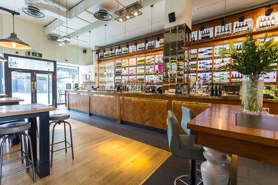 All Bar One New Oxford Street: Bar area
